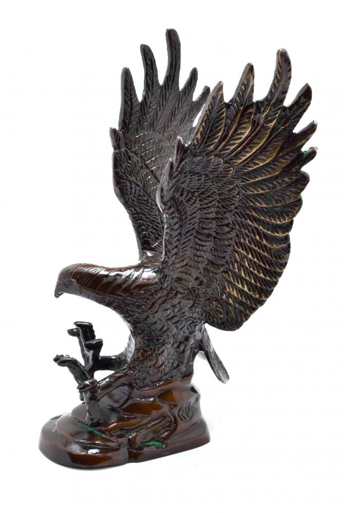 Flying Eagle Showpiece