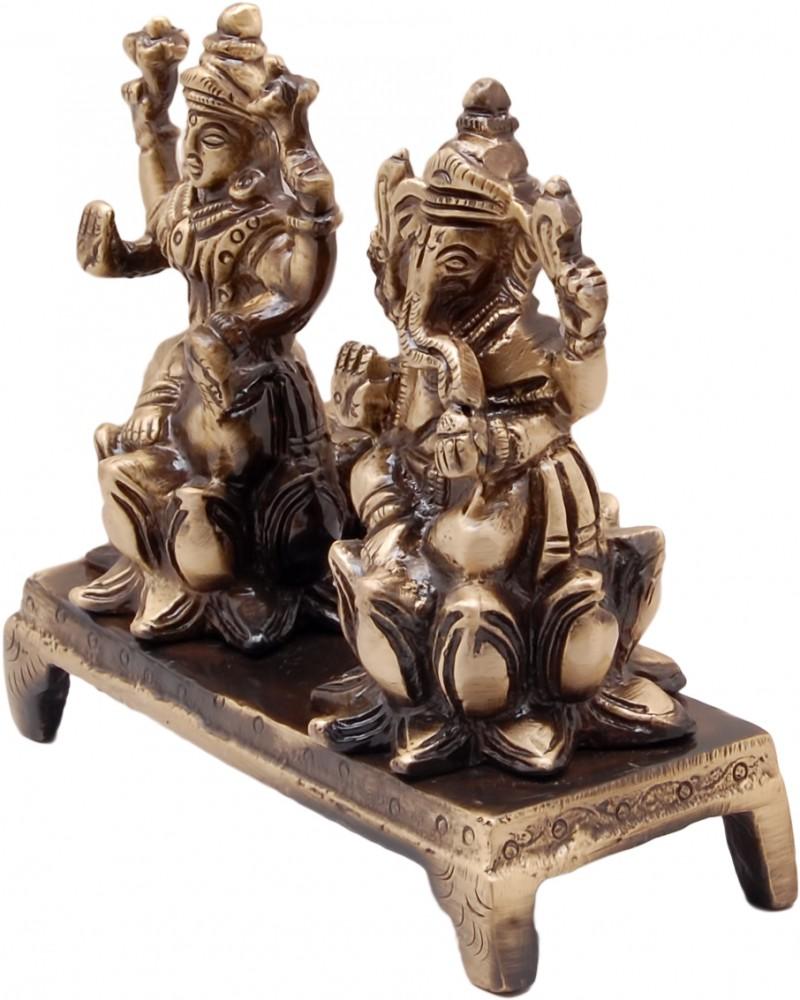 Laxmi Ganesh on Chowki