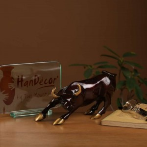 Charging Bull 7 Inches Showpiece