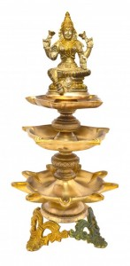 Laxmi Design Nineteen Wick Brass Oil Lamp Diya